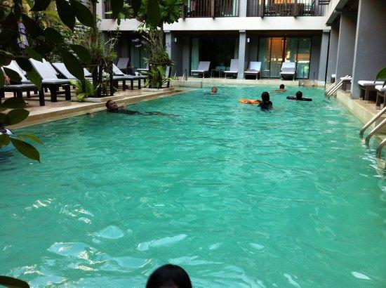 Aree Tara Resort: Swiming pool