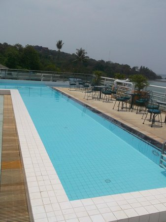 Kantary Bay, Phuket: roof top pool