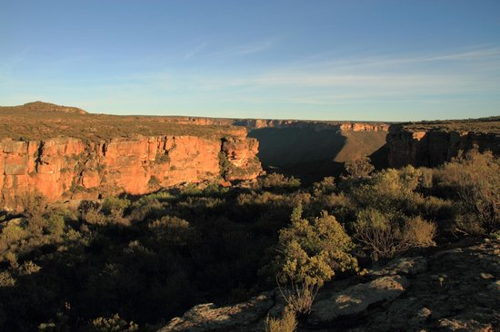 Papkuilsfontein Guest Farm: Canyon on the farm, to which one can hike