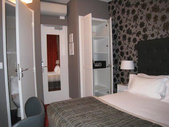 Emeraude Hotel Plaza Etoile : Room