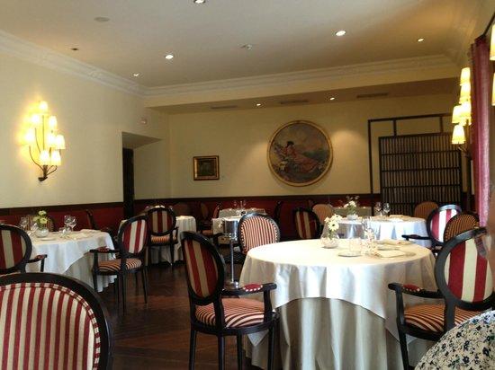 Restaurante La Capilla: Restaurant interior