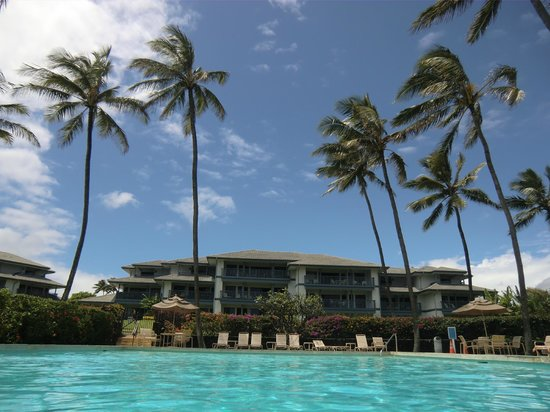 Poipu Sands Condominuims: Pool and building 2
