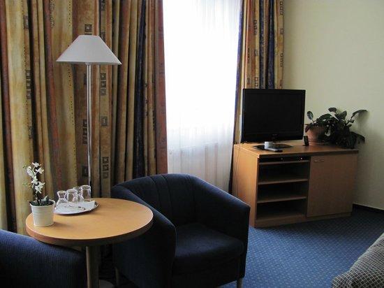 Hotel Alley Olomouc : Fernseh mit Sat1, Pro7  und Viva