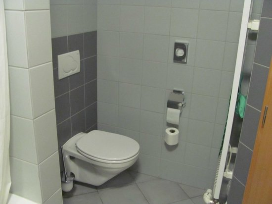 Hotel Alley Olomouc: Toilette... immer sauber