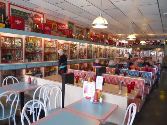 Dawson Stevens Clic Diner Picture Of Seating And E Memorabilia