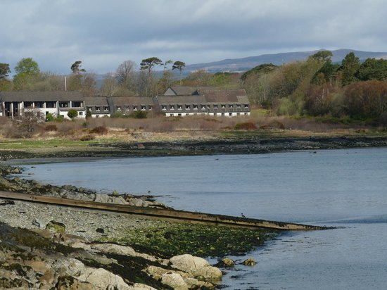 Isle of Mull Hotel & Spa : Isle of Mull Hotel and Spa...view from ferry port.