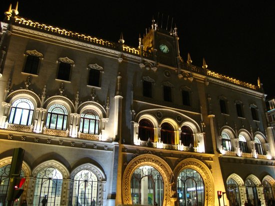 ‪Rossio Train Station‬