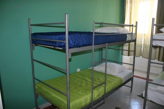 Hostel 33: 4 bed mixed dorm