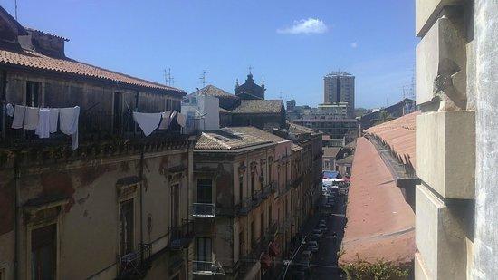 Casa Etnea B&B : View on the street