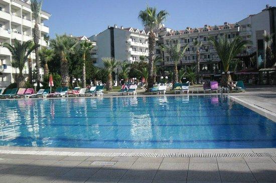 Club Hotel Pineta: large pool