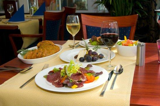 Hotel Astoria: Diner