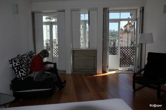 Cale Guest House: ruime kamer met uitzicht