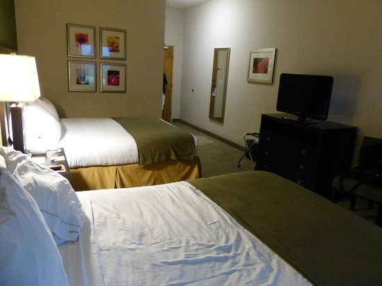 The Holiday Inn Express & Suites Marathon 사진
