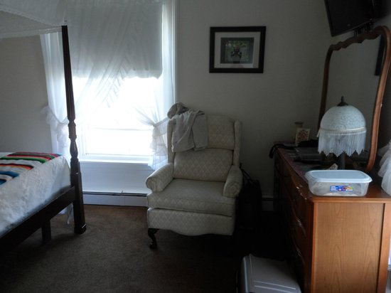 Summer's Country Inn : Comfy and Warm!