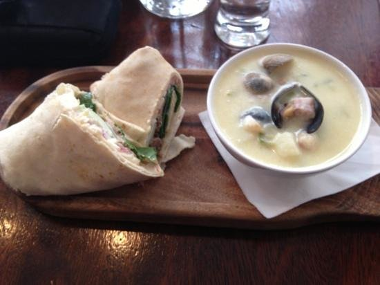 The Exchequer: Lamb wrap & seafood chowder