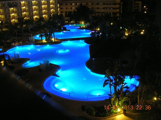 Sol Principe : view of the outdoor pools from the balcony of my room