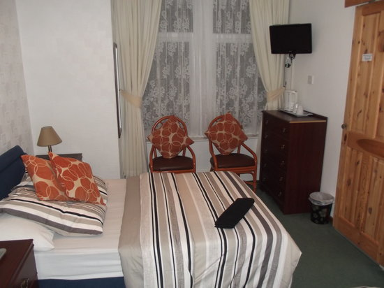 Mayfield Hotel: room 3