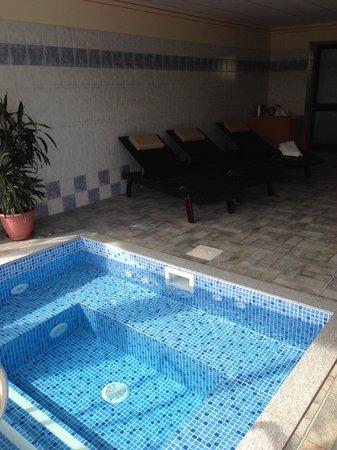 La Cascina di Villa Due : spa jacuzzi