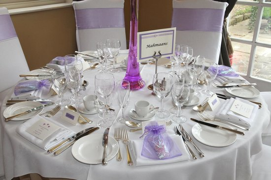 Dovecliff Hall Hotel: Table Layout