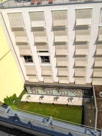 Design Hotel Josef Prague: Courtyard looking towards Orange Wing.