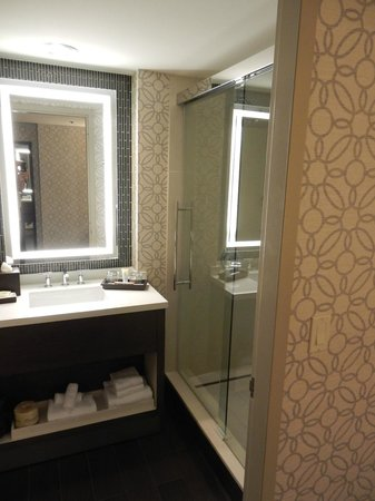 Grand Hyatt Tampa Bay: Bathroom vanity