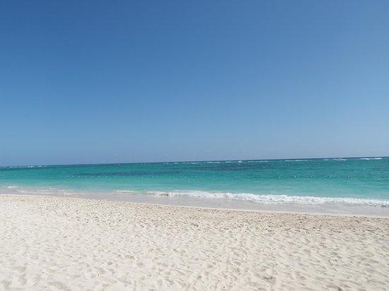 TRS Turquesa Hotel: beach