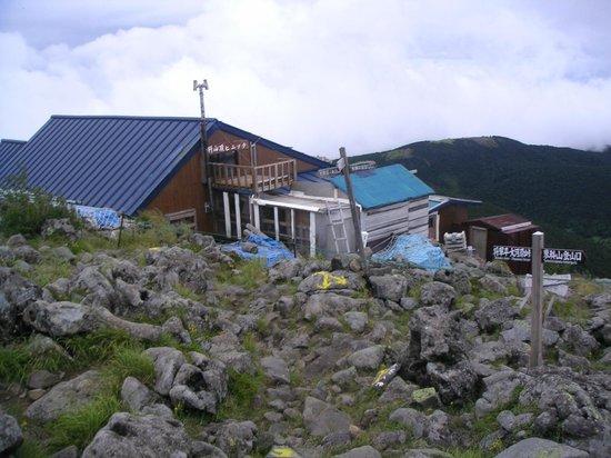 Mt. Tateshina: 蓼科山(蓼科山頂ヒュッテ)