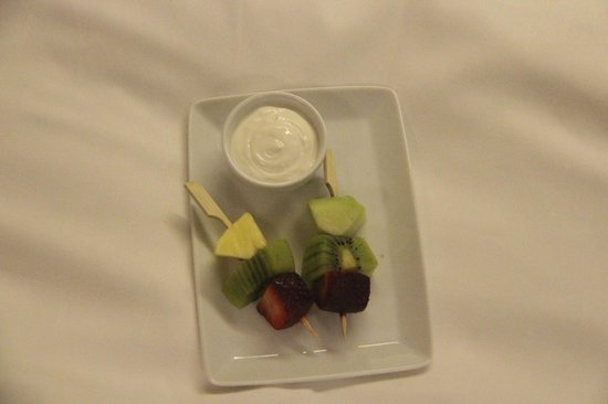 New Hotel: Turn Down Service Snack