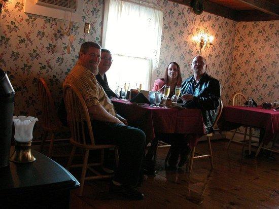 Greene, ME: Chris & Yolana, Bert & Fran
