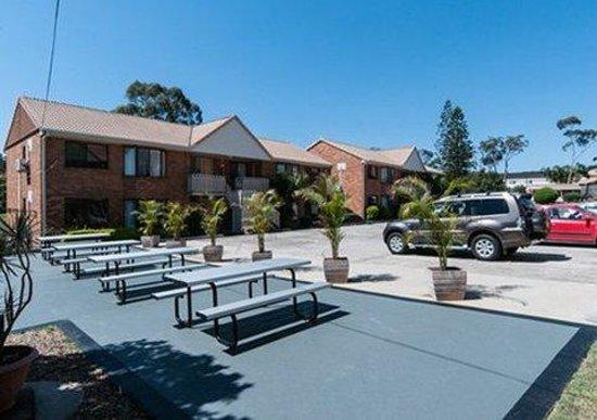 Comfort Inn & Suites Robertson Gardens: exterior