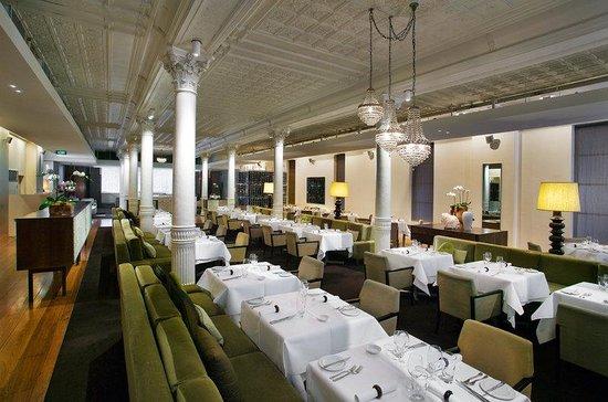 Establishment Hotel: Est Fine Dining Restaurant