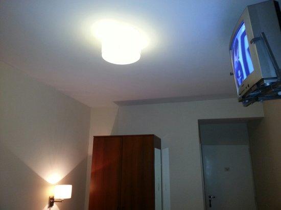 Bohemia Buenos Aires Hotel: Otra mas de la television para destacar la direccion que tenia