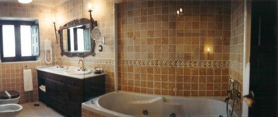 Hotel Posada de la Dehesa: Baño