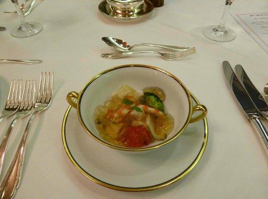 La Mer The Classic: 海の幸と野菜 伊勢海老のジュレ添え