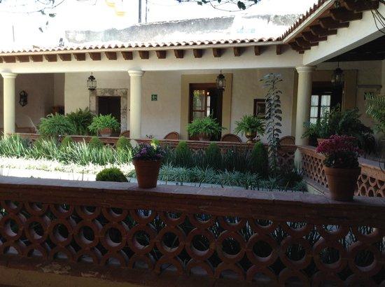 Hotel Boutique La Granja: Courtyard