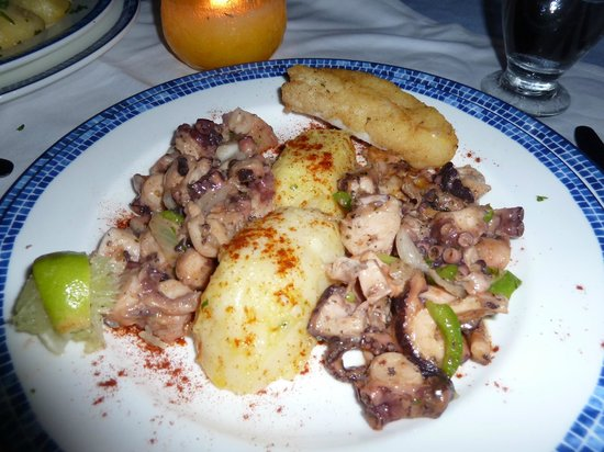 Sunscape Curacao Resort Spa & Casino: Yummy octopus at Oceana