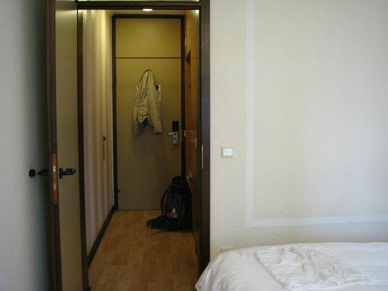 Hotel Parc Belle-Vue: Big enough room