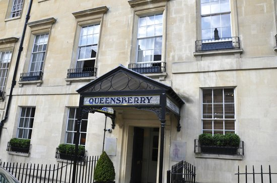 Queensberry Hotel: Front Entry