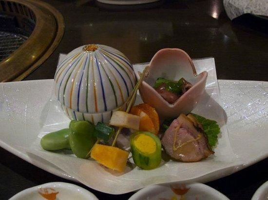 Oishiya: 夕食の前菜