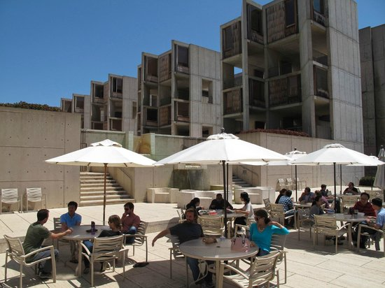 Salk Institute: A nice place to have a snack after the tour