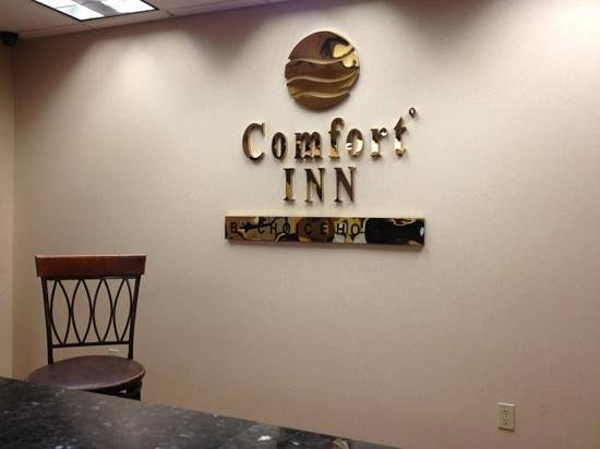 Comfort Inn Williamsport: front desk