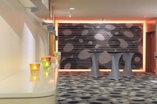 Radisson Blu Hotel, Basel : Foyer