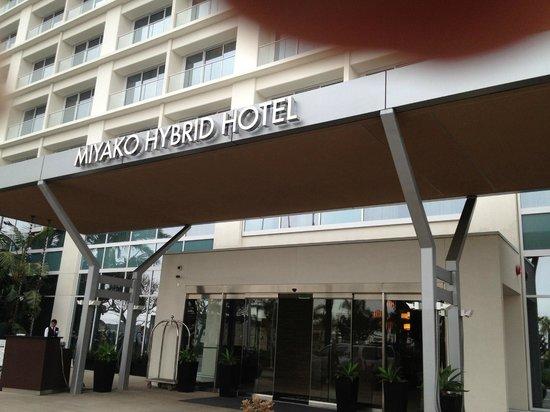 Miyako Hybrid Hotel : 入り口の様子