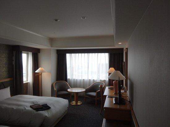Candeo Hotels Chiba: コーナービューツイン