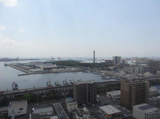 Candeo Hotels Chiba: 最上階からの眺め(港側)