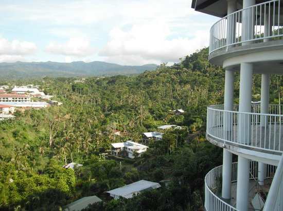 Tatiana Apartments - Apaula Heights : View to South and side of building