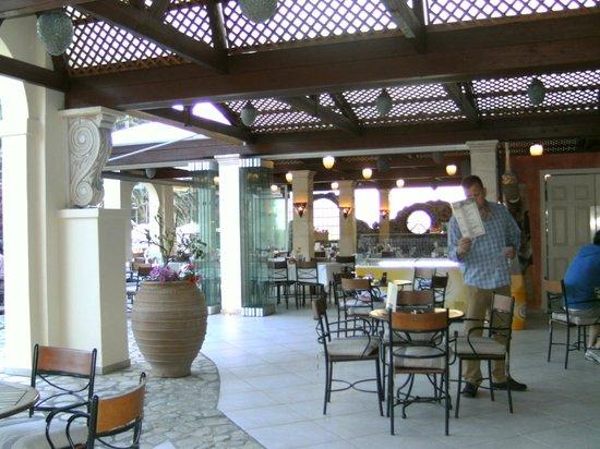 Apollon Hotel: Dining area