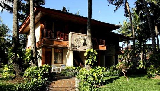 Jayakarta Hotel Bali Cottage Pool View Room