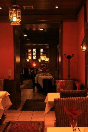 Hotel Villa Oriental: Ресторан