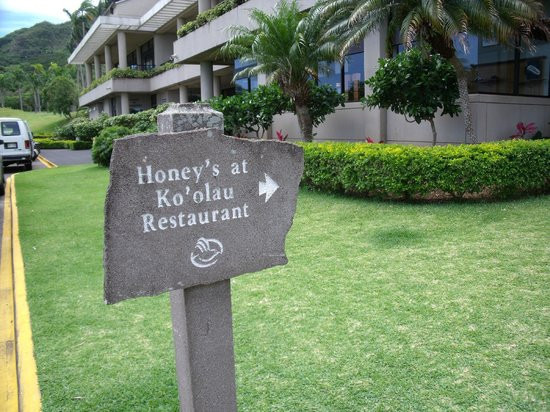 Honey\'s Restaurant, Kaneohe - Restaurant Reviews, Phone Number ...